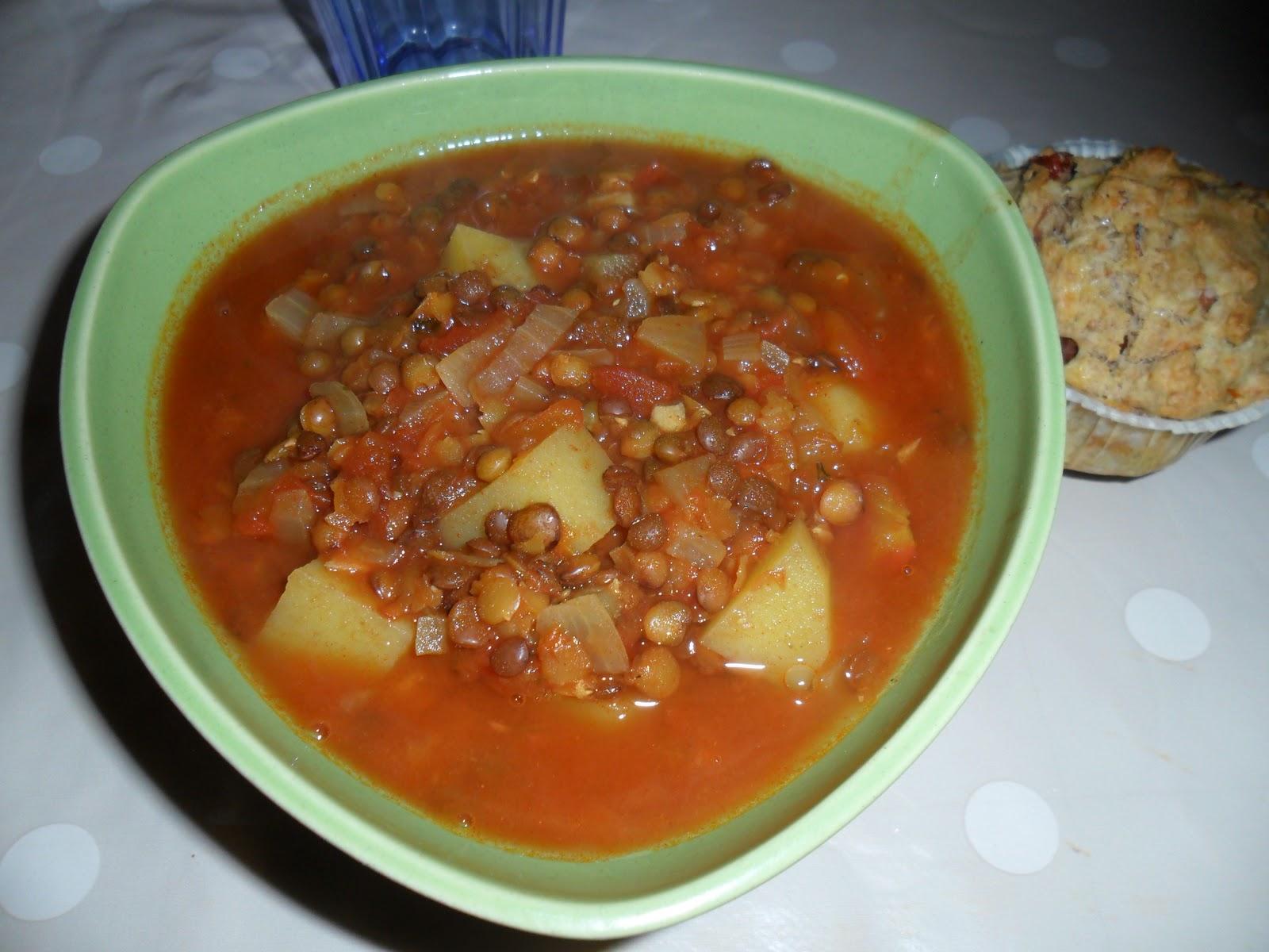Vegetarisk linssoppa med potatis